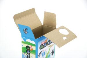 合紙の実績例 山と海のサイダー化粧箱